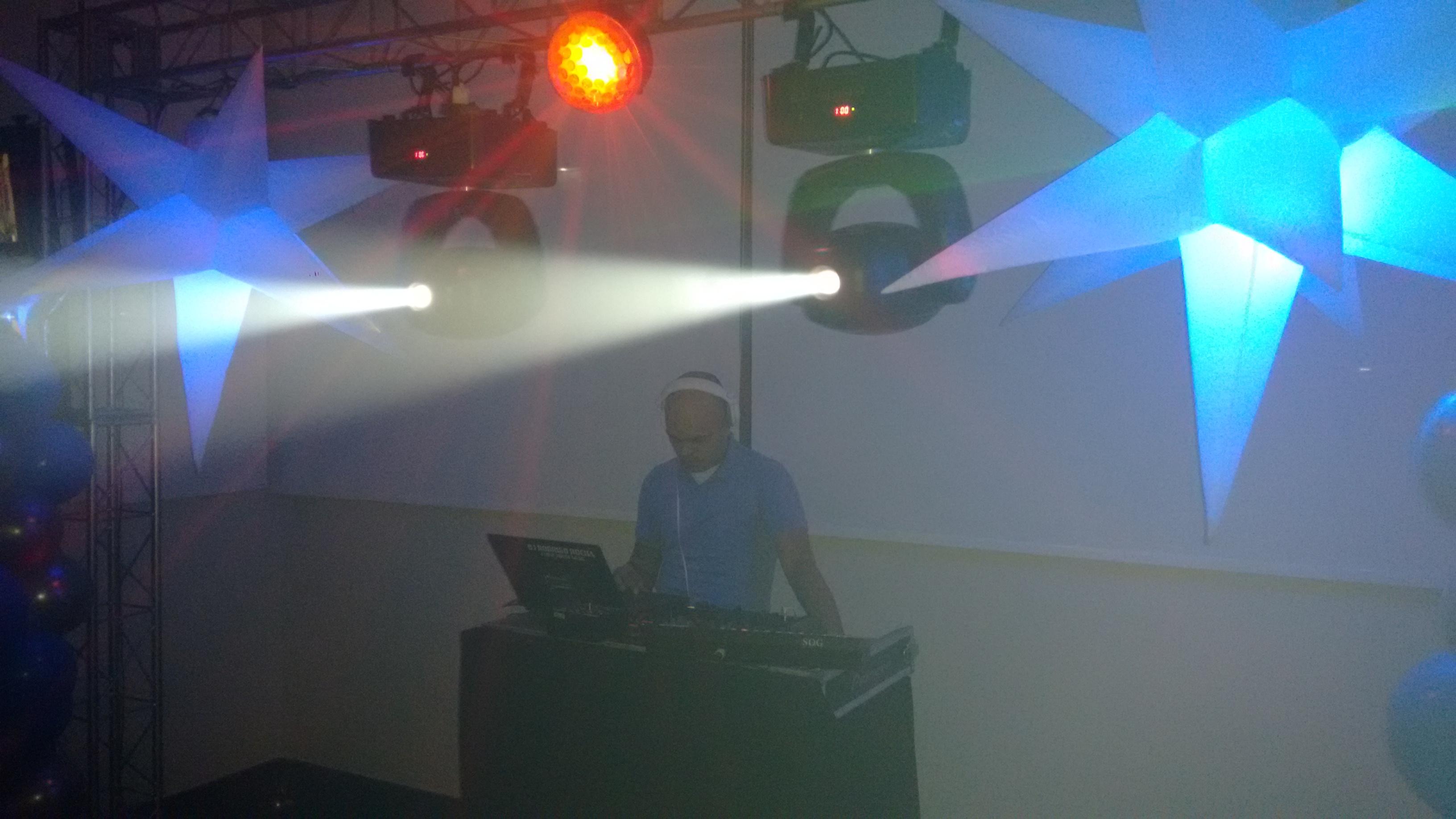 DJ FESTA